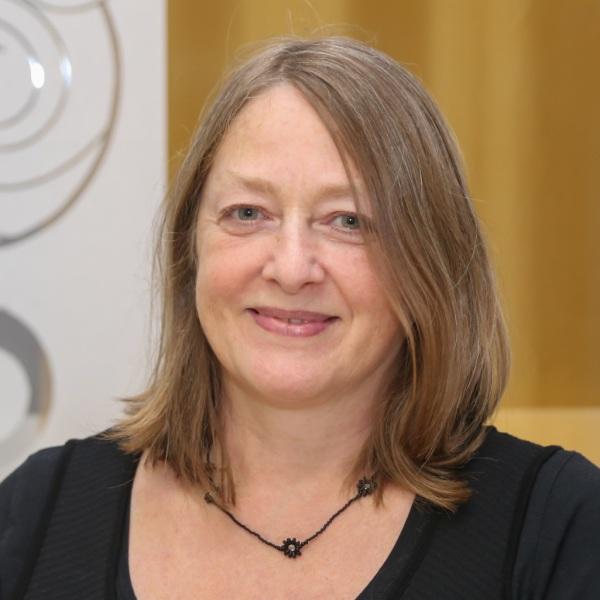 Manuela Schuster